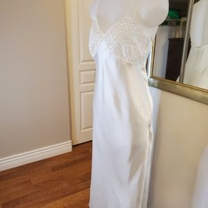 Marks&Spencer White Satin Lace Nightgown Small 6-8